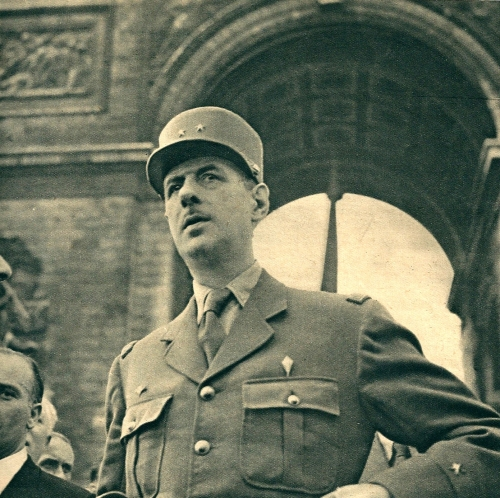 DE GAULLE EN 1944.jpg