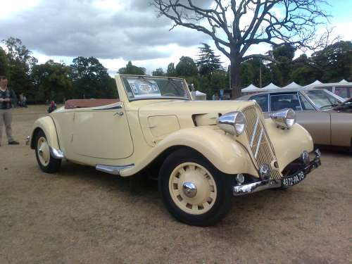 TRACTION CABRIOLET 1939.jpg