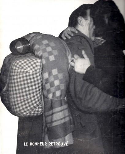 8 MAI 1945 prisonniers.jpg