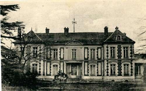 HOTEL DE VILLE FAUCHAT.jpg