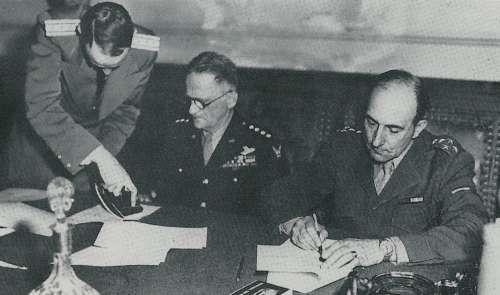 ACTE CAPITULATION 8 MAI 1945.jpg