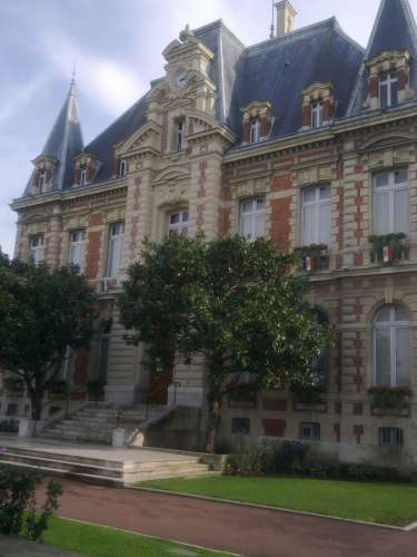 RUEIL HOTEL DE VILLE 1.jpg
