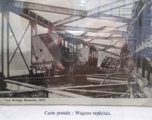 WAGONS REPECHES.jpg
